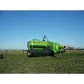 Compact Square Baler